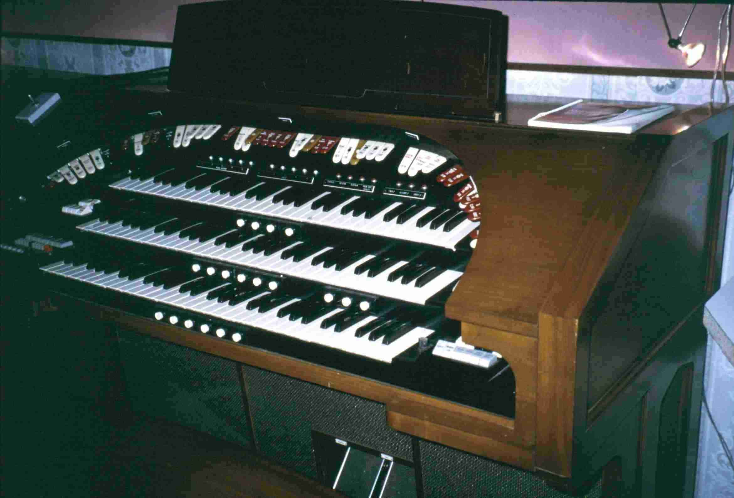 The Conn Electric Organ