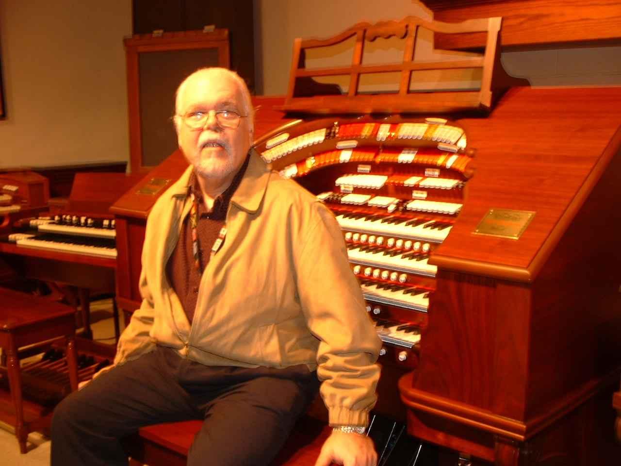 Ken Griffin (Dedication Show 2003)