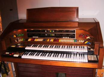 hammond organ models from 1970s