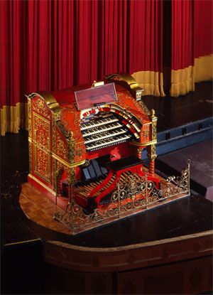 Click here to download a 3156 x 4371 JPG image of Big Bertha, the 4/28 Mighty WurliTzer Theatre Pipe Organ on stage at the Alabama Theatre in Birmingham, Alabama.