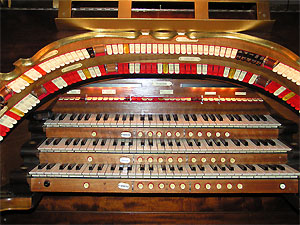 Click here to learn more about the 3/12 Mighty WurliTzer Theatre Pipe Organ installed at the Paramount Theatre in Middletown, New York.