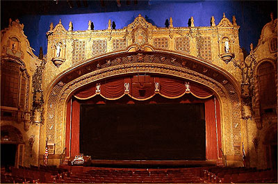 Click here to download a 1024 x 675 JPG image showing the stage of the magnificent Palce Theatre.