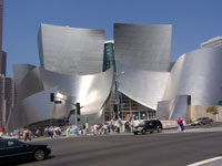 Click here to download a 2576 x 1932 pixel image of the Disney Auditorium in downtown Hollywood, California, July 2, 2005.