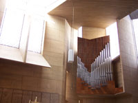 Click here to download a 2576 x 1932 pixel image showing the pipework of the 4 manual Dobson Opus 75 Pipe Organ at the Cathedral of Our Lady of the Angels where Jonas Nordwall gane a concert on July 2, 2005.