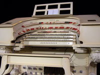 Click here to download a 2576 x 1932 JPG image of the Wilshire Ebell Theatre 3/13 Barton Theatre Pipe Organ stop sweep.