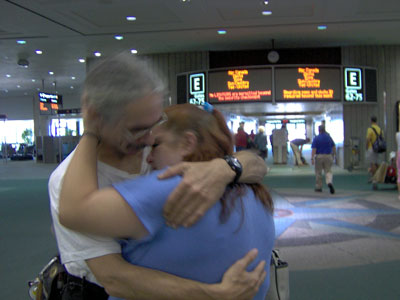 Click here to download a 2048 x 1536 JPG image of the reuniting of the Bone Doctor and his dear wife to be, Kimmy.