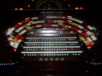 Click here to download a 2576 x 1932 JPG image showing the stop sweep of the San Sylmar 4/74 Mighty Wurlitzer Theatre Pipe Organ.
