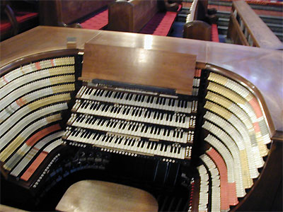 Click here to download a 1600 x 1200 JPG image showing the stop sweep of the West Point Military Academy Cadet Chapel 4/380 M�ller Church Pipe Organ.